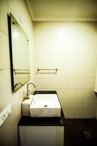 4.Powder room